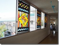 ステンドグラス風窓飾り