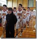 選手入場男女バスケットボール部