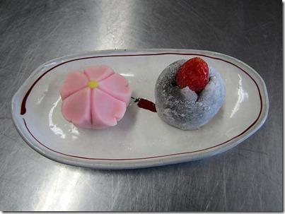 2年練り切り「桜」苺大福